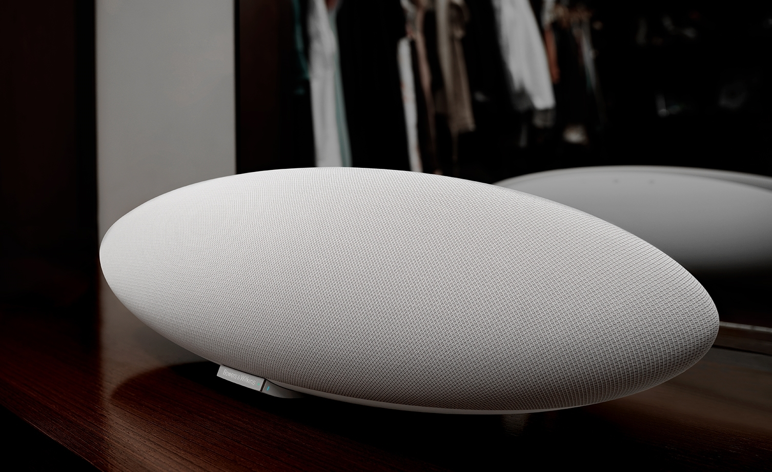 Loa Bowers & Wilkins Zeppelin Mini