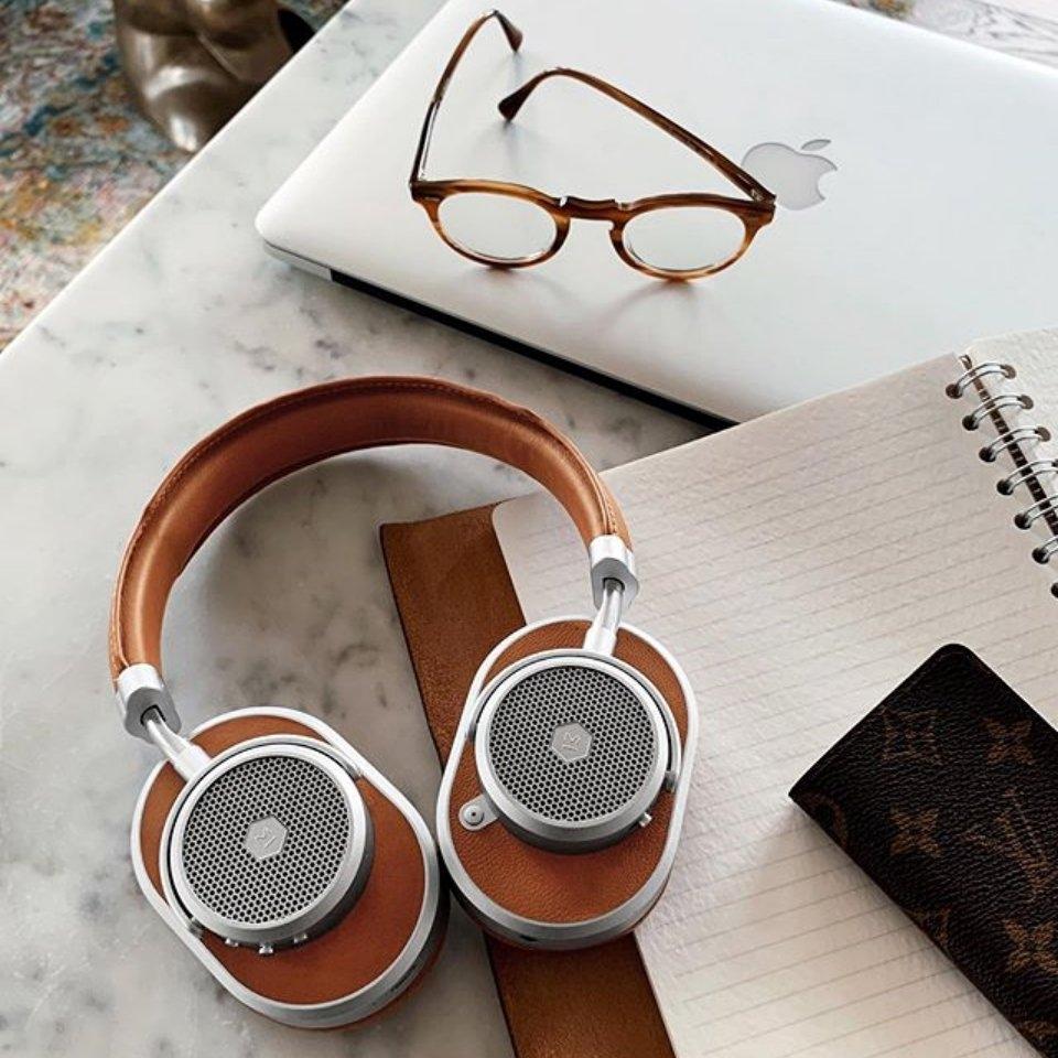 Master & Dynamic MW65: Tai nghe không dây chống ồn chủ động cao cấp, thiết kế sang trọng