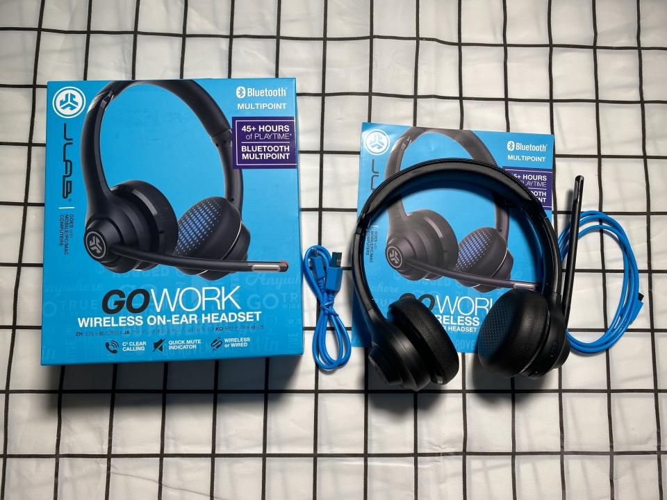 Unboxing Tai nghe JLAB GO WORK WIRELESS ON-EAR HEADSET làm việc tại nhà trong mua dịch