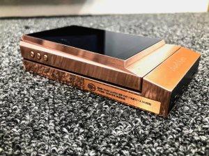 Máy nghe nhạc Astell & Kern AK380 + Amply AK380 (Demo) phiên bản Copper